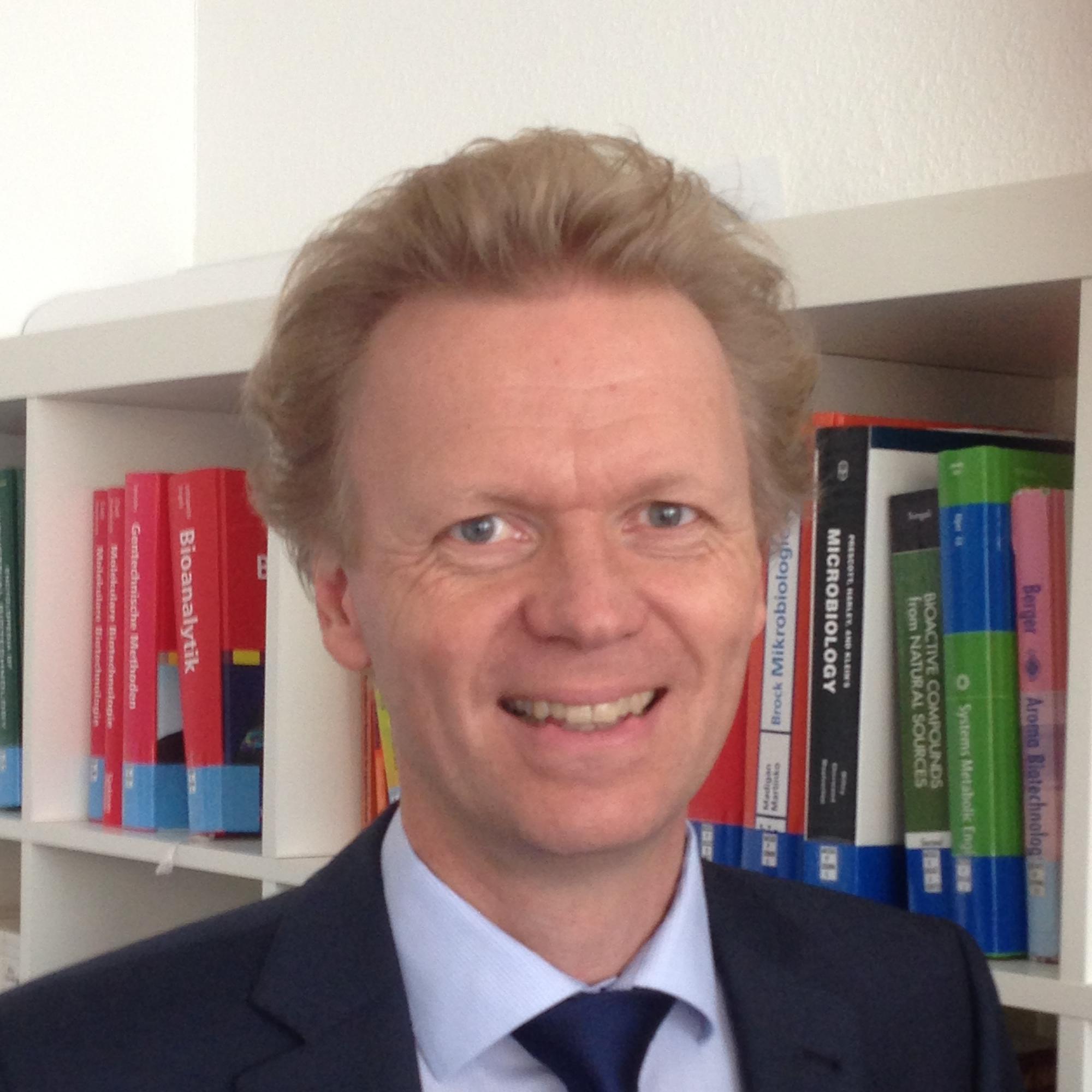 Jens Schrader image